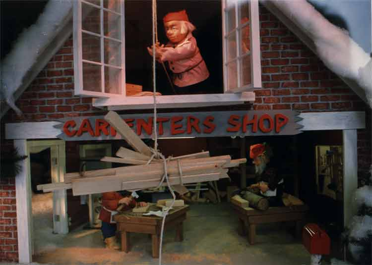 carpenter elves
